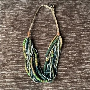 AEO chunky green beaded statement necklace